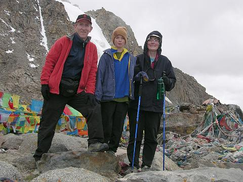 Jerome Ryan, Peter Ryan, Charlotte Ryan on Kailash Dolma La (5636m) in 2006