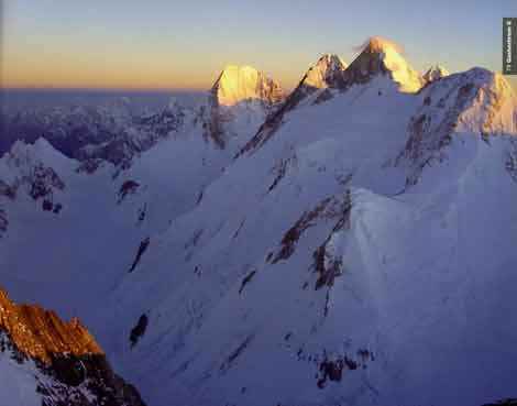 Gasherbrum IV, Gasherbrum III, Gasherbrum II, K2 Sunrise From Gasherbrum I - 8000 Metri Di Vita, 8000 Metres To Live For book
