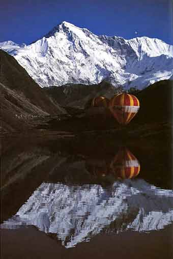 Balloon take-off rehearsal at the Lake near Gokyo, with Cho Oyu behind - Ballooning Over Everest book