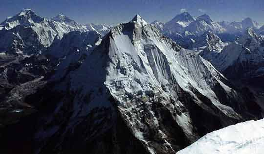 Menlungtse seen from the south summit of Gauri Shankar on November 9, 1979 after the first ascent. Cho Oyu is on the left; Everest, Lhotse, Nuptse and Makalu are on the right. - Himalaya Alpine Style: The Most Challenging Routes on the Highest Peaks book