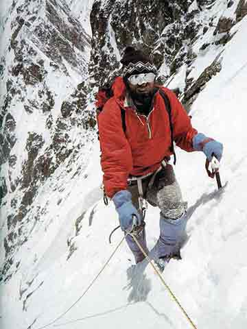 K2 First Ascent South Face 1986 - Tadeusz Piotrowski At 7400m On K2 South Face