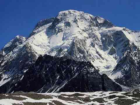 Broad Peak From Concordia - Los Ochomiles: Karakorum e Himalaya book