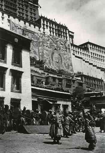 Dancers perform at the foot of the Potala Palace during the great thangka ceremony - Lost Lhasa book