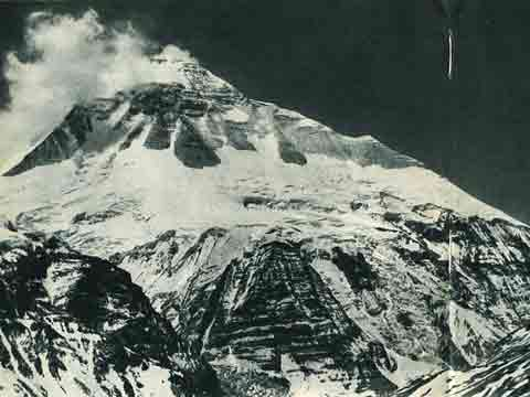 First Dhaulagiri North Face Exploration by the French in 1950 - Regards Vers L'Annapurna (Memories Of Annapurna) book