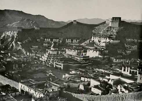 Monasteries of Gytantse in the late 1940s - Tibet In Pictures: A Journey Into The Past book